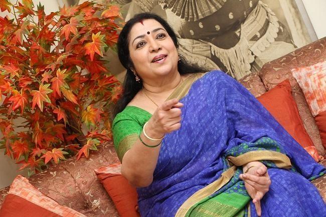 """""""இது கஸ்தூரியின் சீப்பான பப்ளிசிட்டி"""" – நடிகை லதாவின் கோபம்..!"""