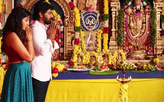 வைபவ்-பார்வதி நாயர் நடிக்கும் 'ஆலம்பனா' இன்று துவங்கியது..!