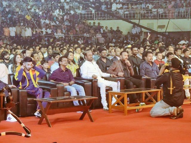 'தர்பார்' பட விவகாரம் – அனிருத்திற்கு இசைக் கலைஞர்கள் சங்கம் கடும் கண்டனம்..!
