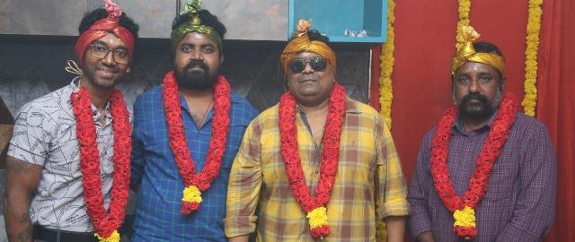 'சவரக்கத்தி' இயக்குநர் ஆதித்யாவின் புதிய திரைப்படம் 'பிதா'!