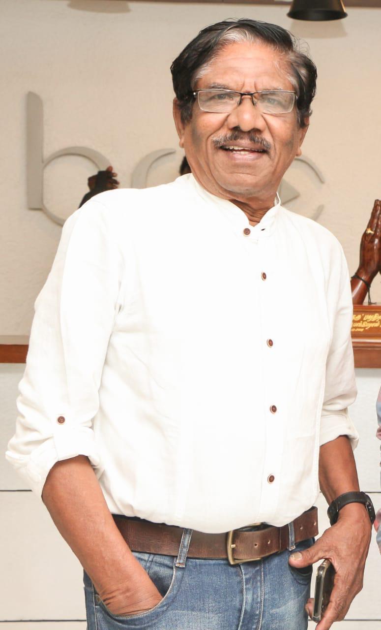 'இரண்டாம் குத்து' படத்திற்கு 'இயக்குநர் இமயம்' பாரதிராஜா கடும் எதிர்ப்பு..!