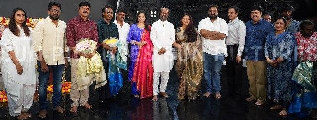 'அண்ணாத்த' படப்பிடிப்பில் தொழிலாளர்களுக்கு கொரோனா வைரஸ்-படப்பிடிப்பு நிறுத்தம்