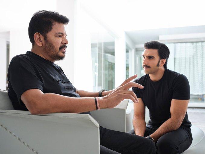 'அந்நியன்' திரைப்படத்தை இந்தியில் ரீமேக் செய்கிறார் இயக்குநர் ஷங்கர்