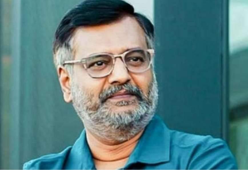 பிரபல நடிகர் விவேக் காலமானார்