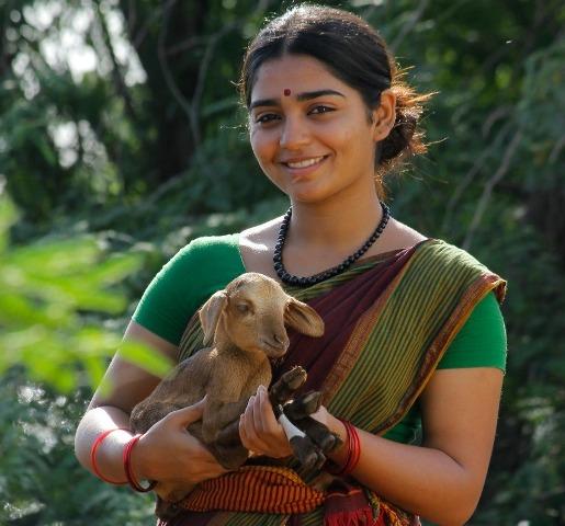 கெளரி கிஷன் நாயகியாக நடிக்கும் 'உலகம்மை' திரைப்படம்